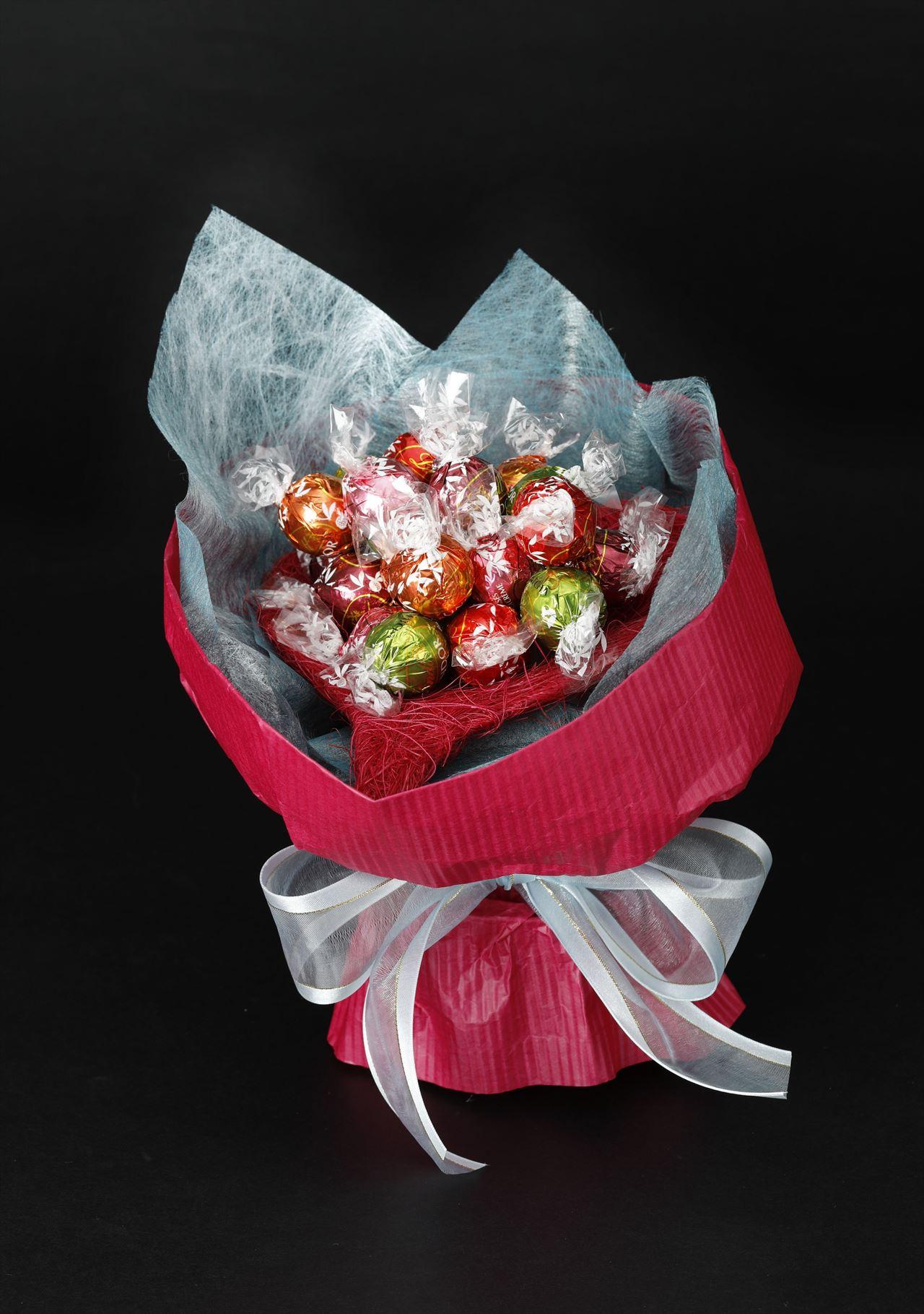 リンドールで作るチョコレートのブーケ(レッド)