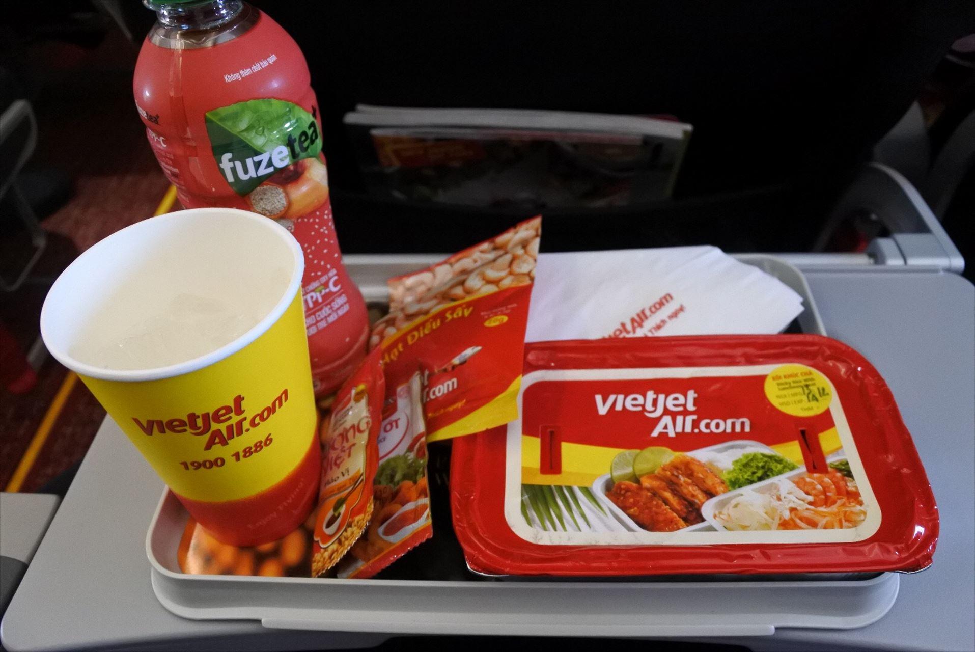 ベドジェットエア機内食