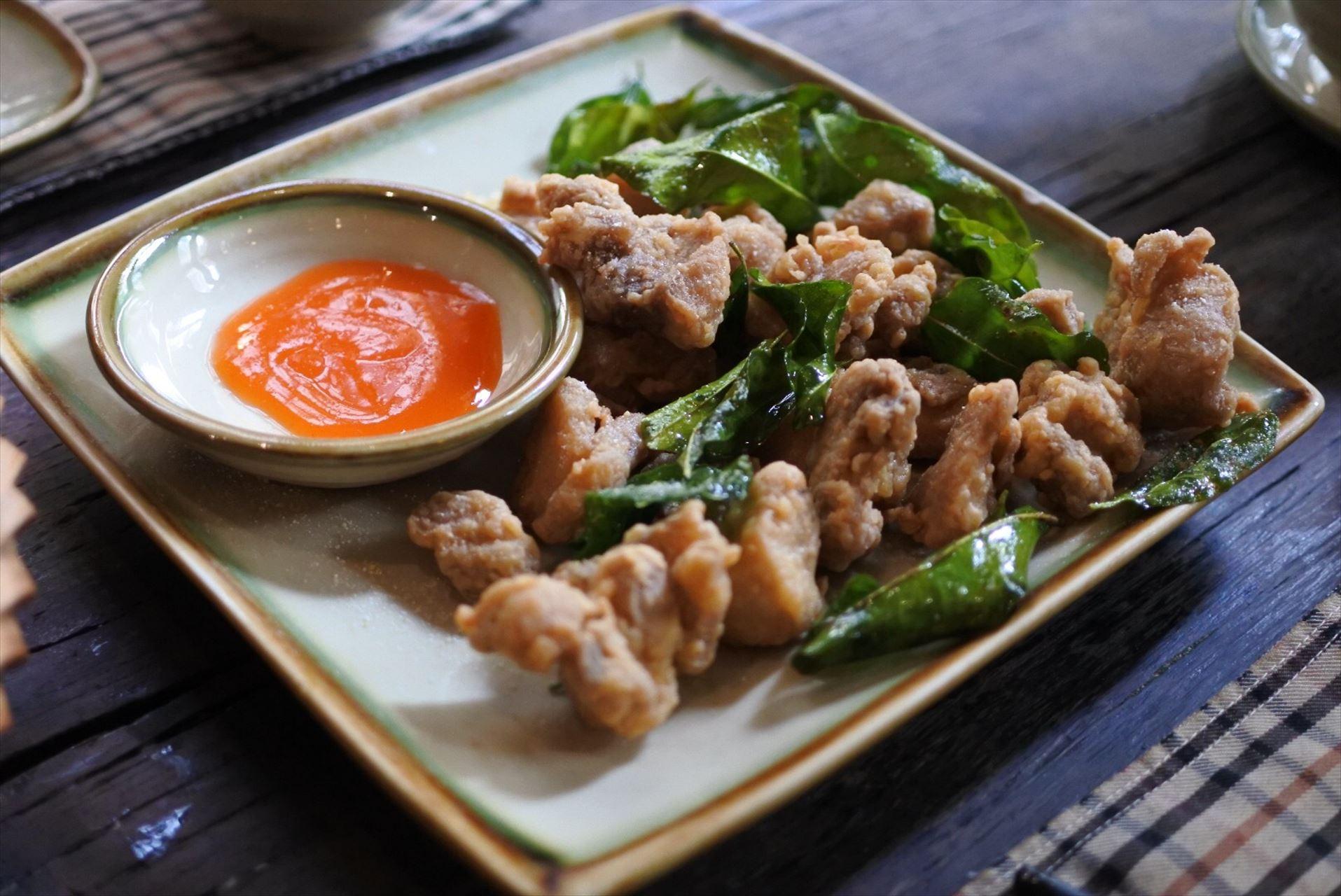 Home Vietnamese Restaurant 鶏のから揚げ