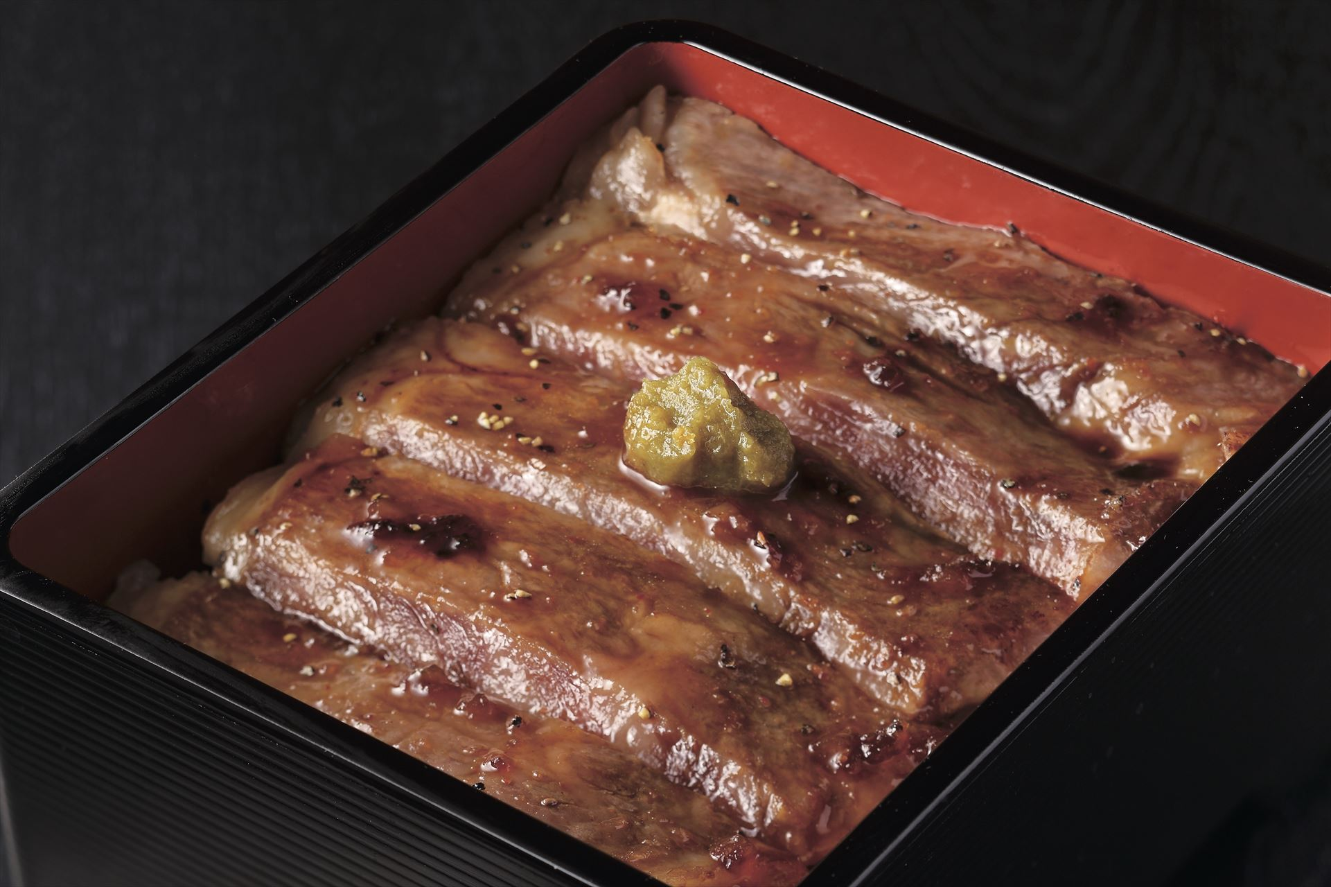 鹿児島県黒毛和牛ステーキ重