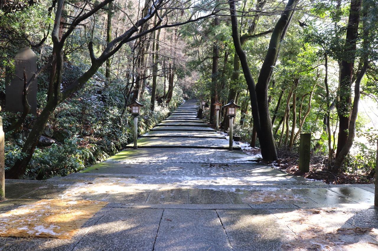 白山比咩神社の表参道