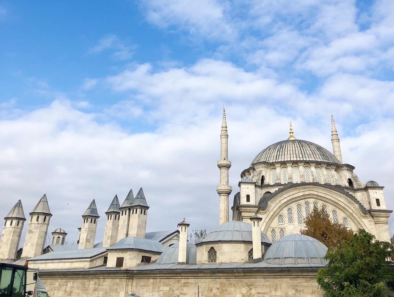 ヌルオスマニエ・モスク
