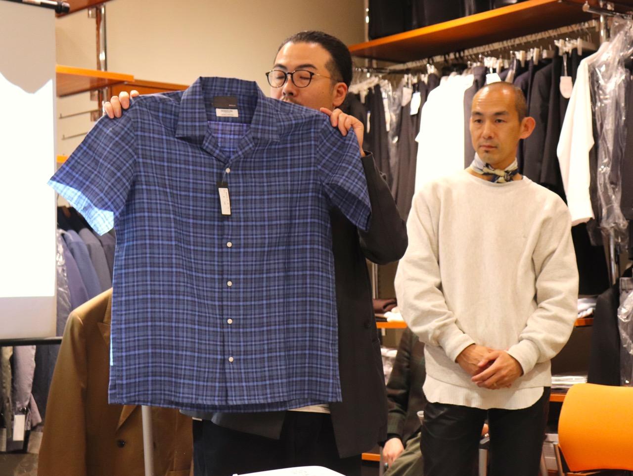 モアレスのシャツ