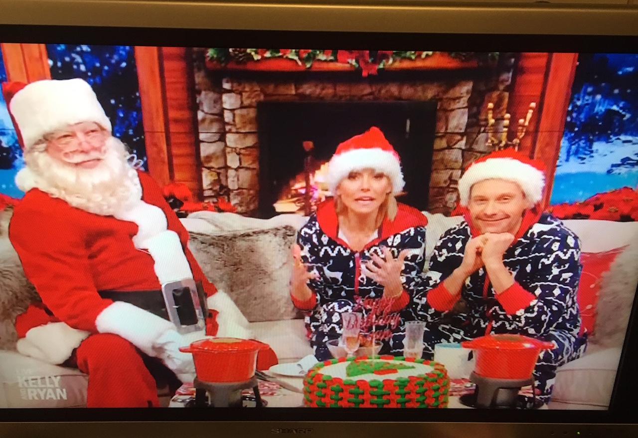 クリスマス時期 テレビの司会者