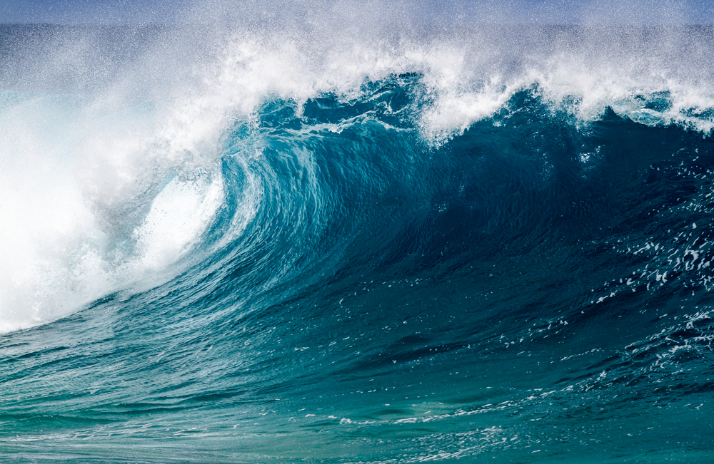 葛飾北斎もびっくり?「世界一有名な波」の再現!