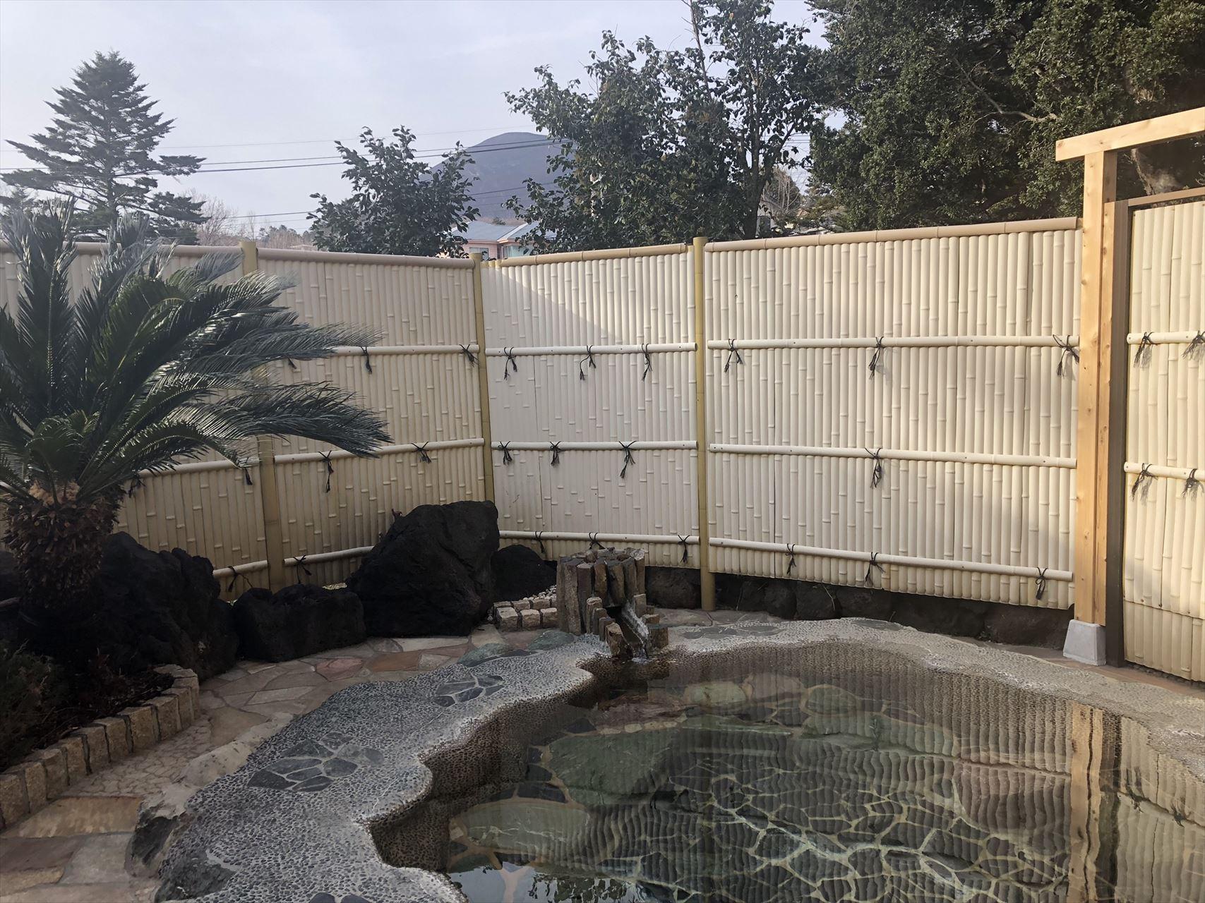 リラクシア伊豆高原 露天風呂