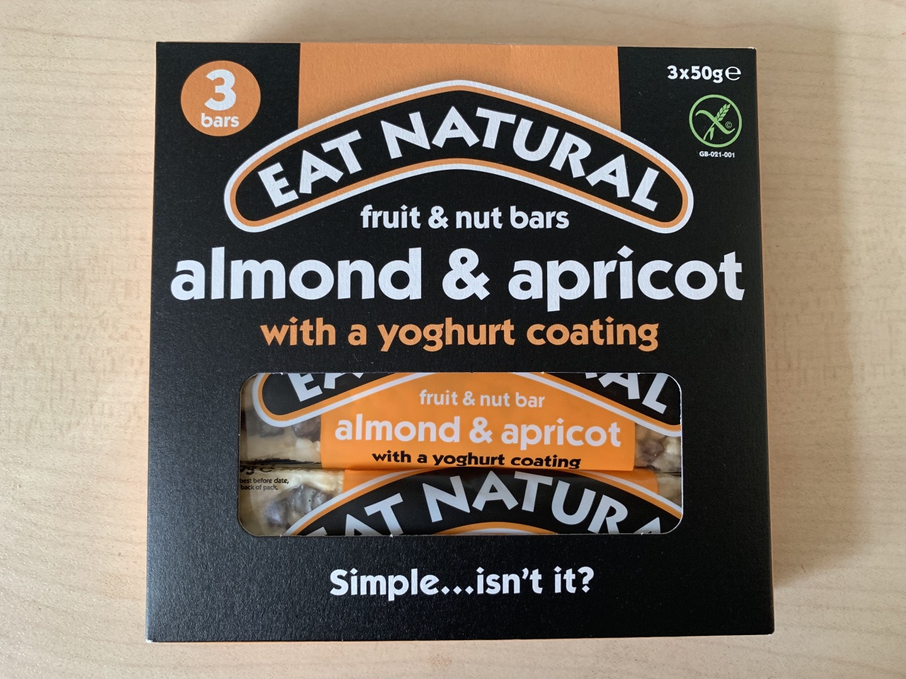 EAT NATURAL fruit & nut bars almond & apricot