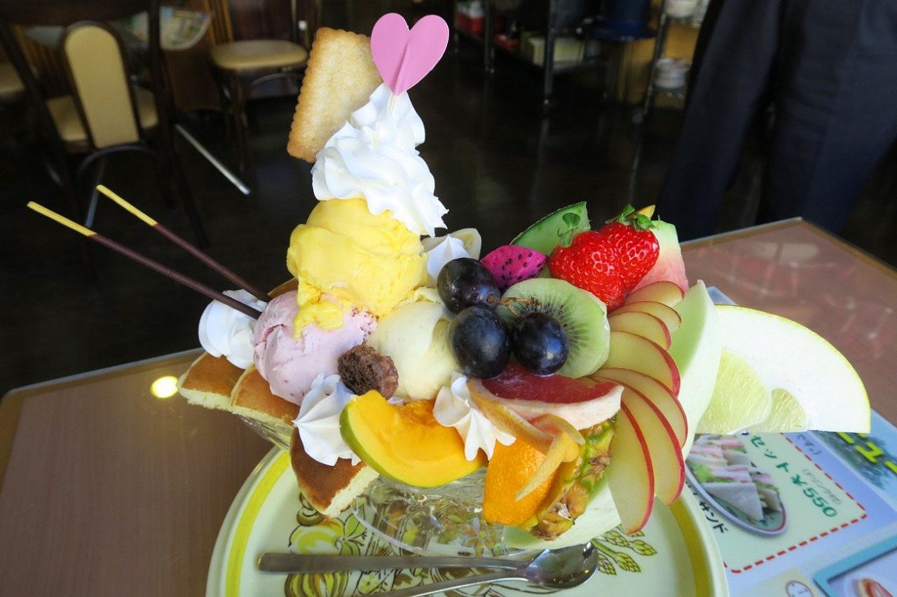 喫茶ツヅキパフェ