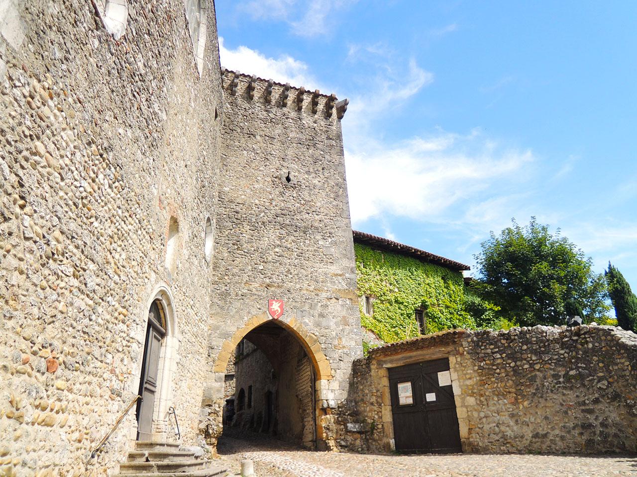 フランス・ぺルージュ(Pérouges, France)