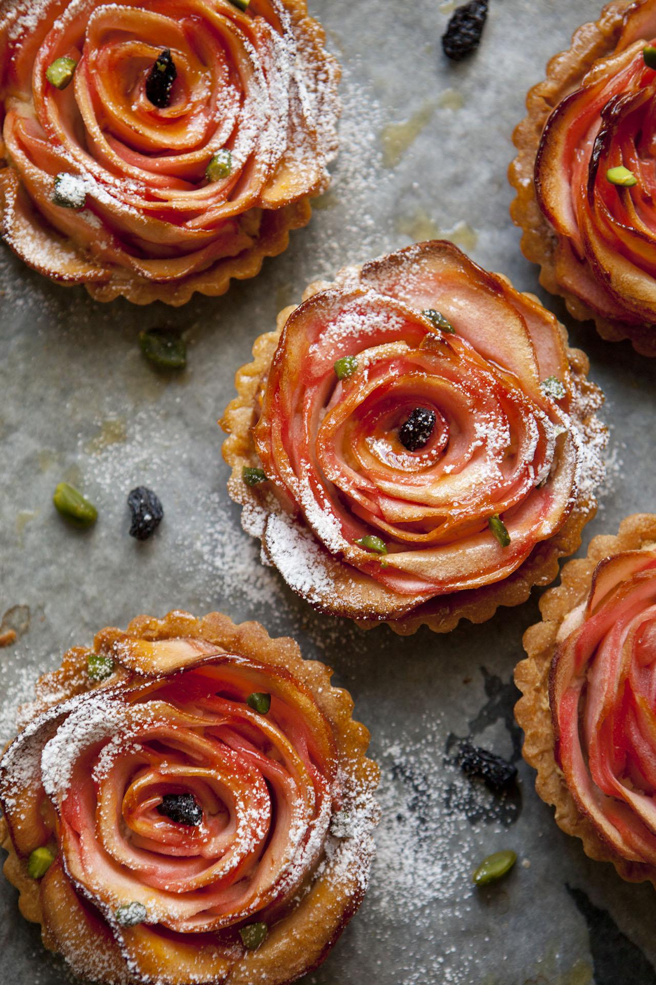 「太陽のマルシェ」洋菓子Mojira「有機林檎のパラタルト」