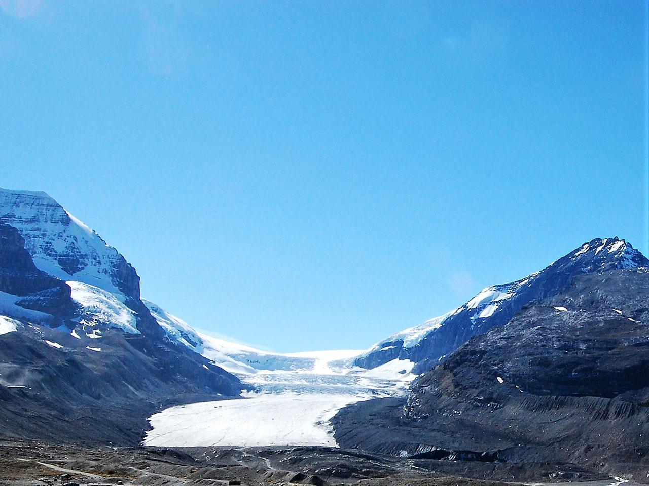 アサバスカ氷河(Athabasca Glacier)
