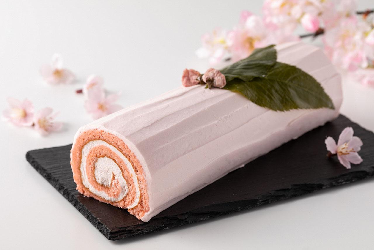 グランドハイアット東京「桜スイーツ コレクション」桜ロールケーキ