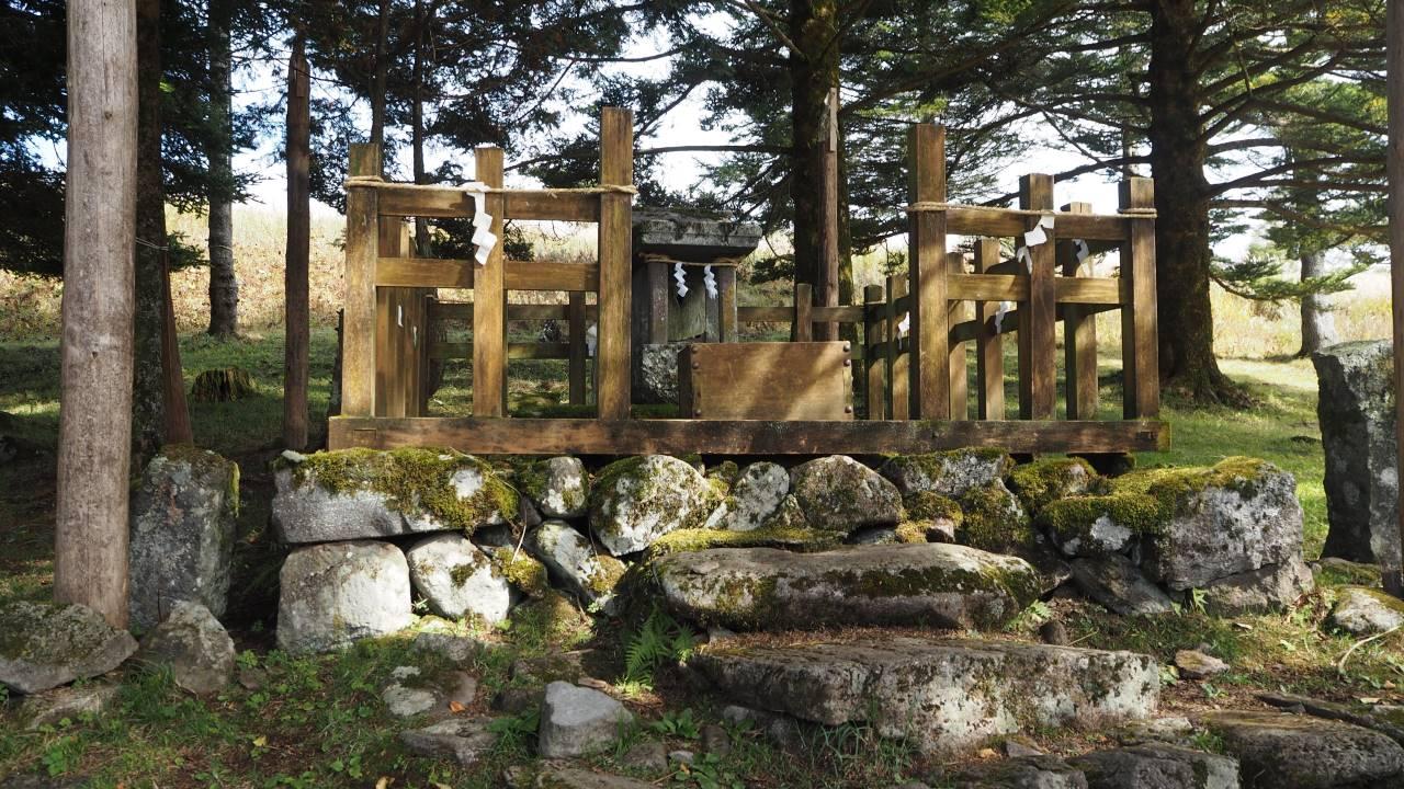 御射山神社