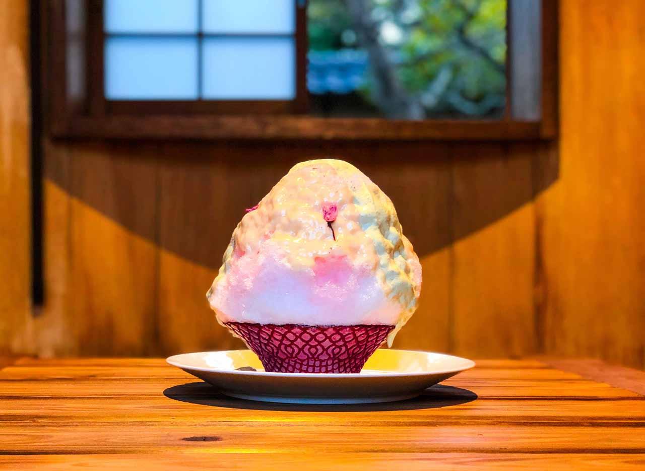 桜葉とみりん粕のダブルクリームかき氷
