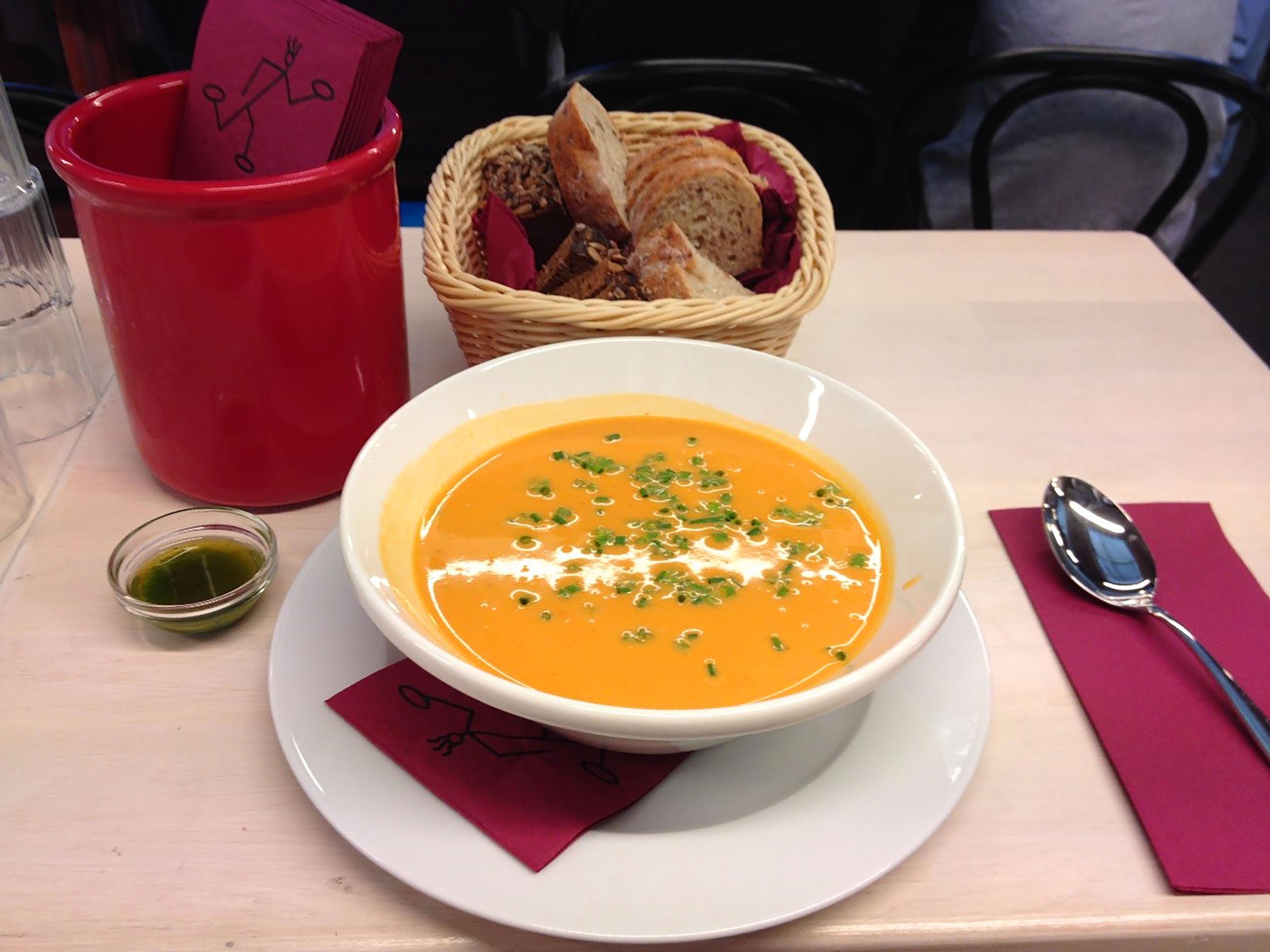橘紫夕写真トナカイのスープ