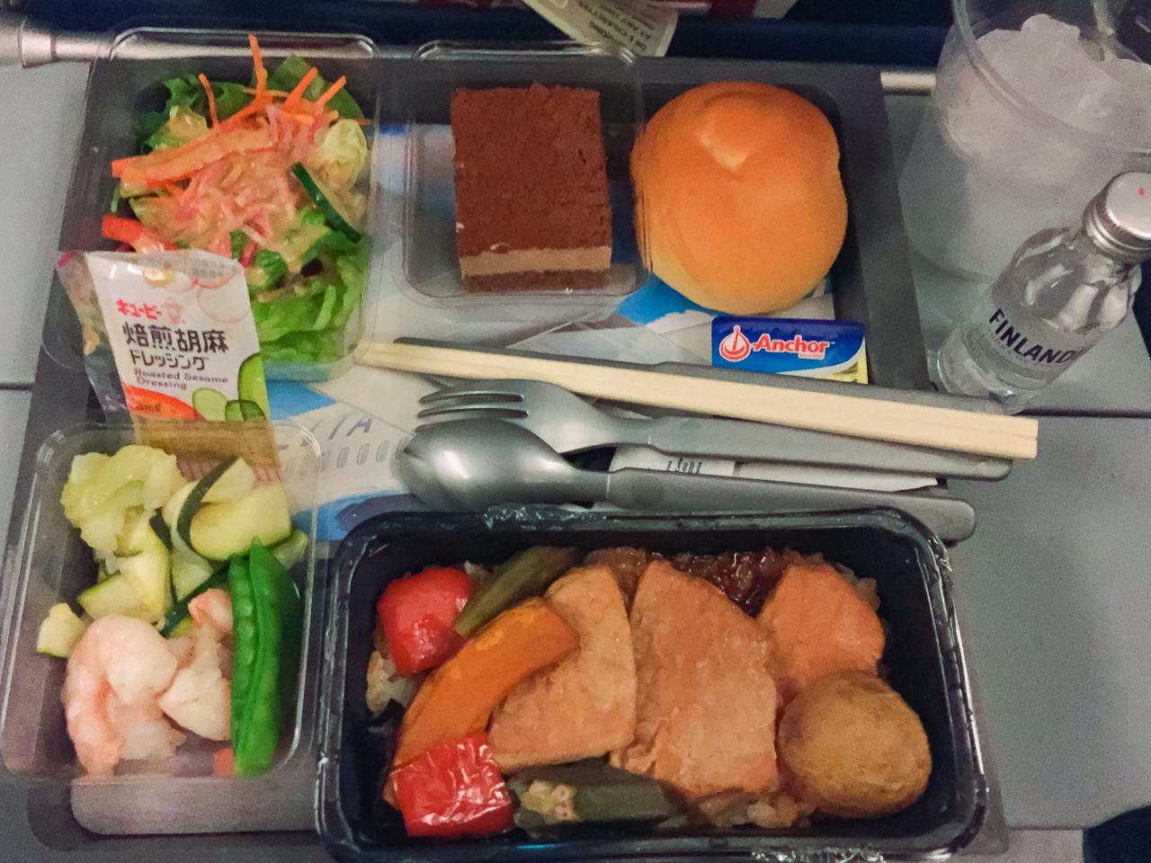 デルタ航空 エコノミークラス ディナー