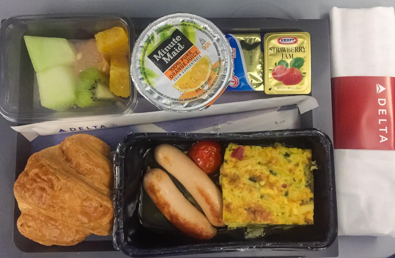 デルタ航空 エコノミークラス 朝食