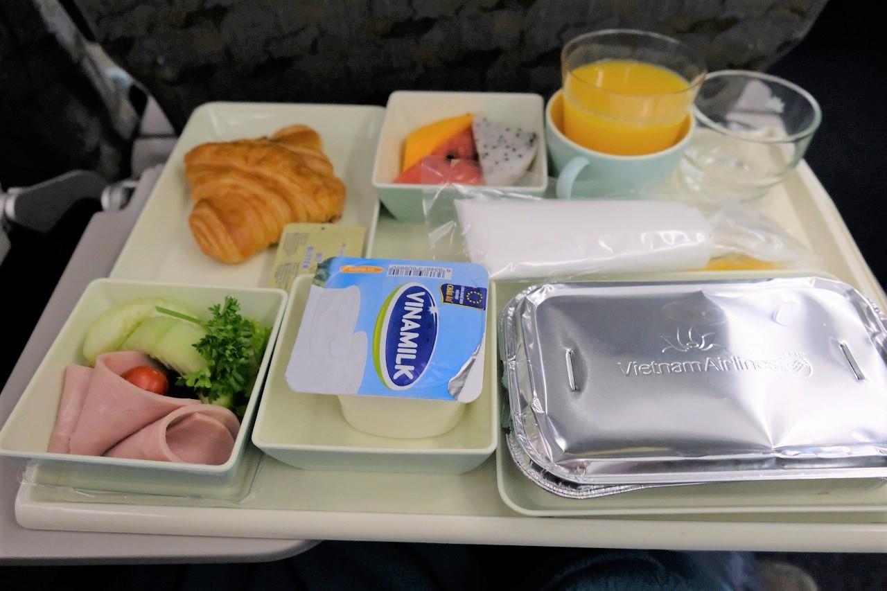 ベトナム航空機内食8