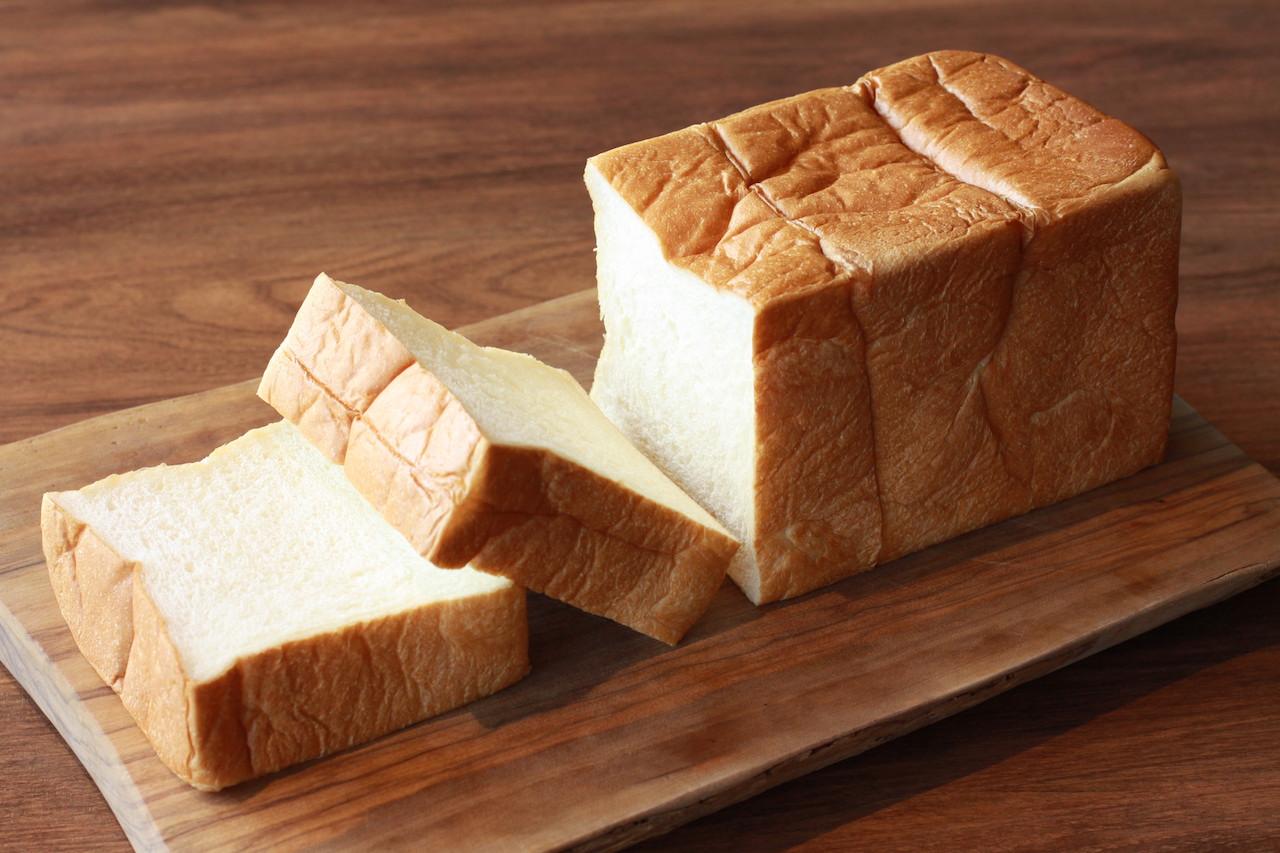 「井上誠耕園」の生食パン