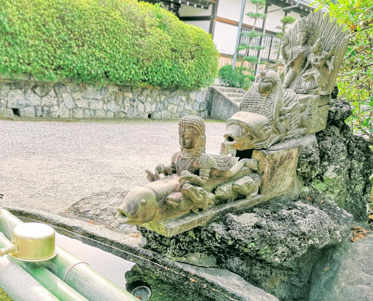 久米寺手水舎