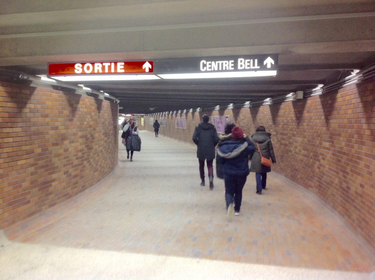 モントリオールの場合、地下街を通ってもアリーナに行ける