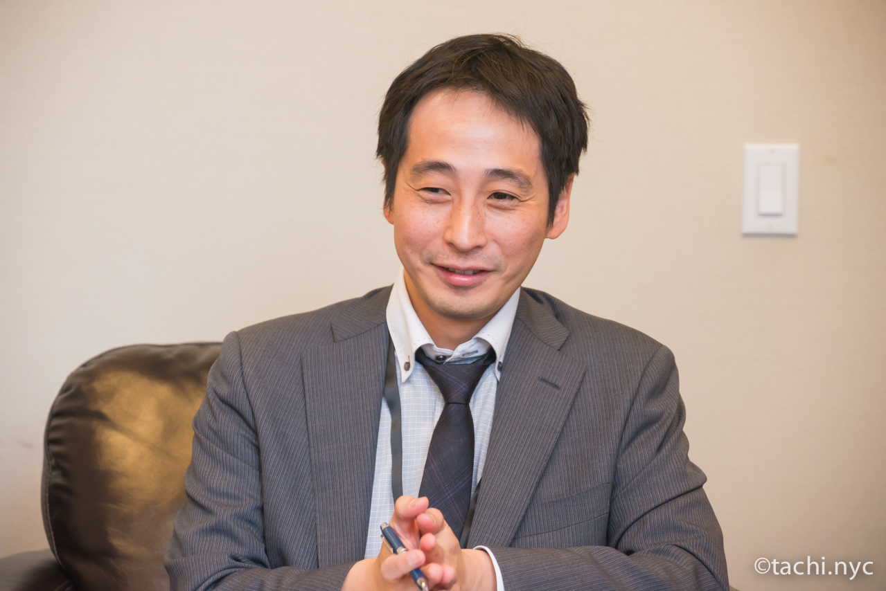在ニューヨーク日本国総領事館 領事部 外山領事