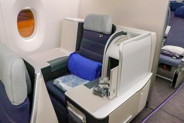 マレーシア航空機内4