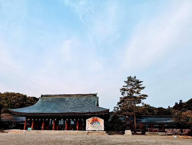 奈良『橿原神宮』の朝日、聴こえる息づかい