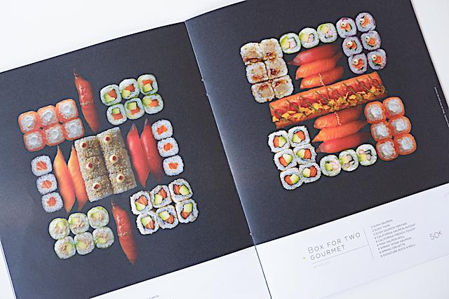 Sushi Shopの2人前セット。左は40ユーロ、右は50ユーロと高価だけれど安定の人気