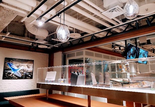 ANA Hangar bay Cafe by PABLO店内