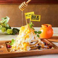 BEE HOUSE渋谷店「たっぷりマンゴーのアイスパンケーキ」