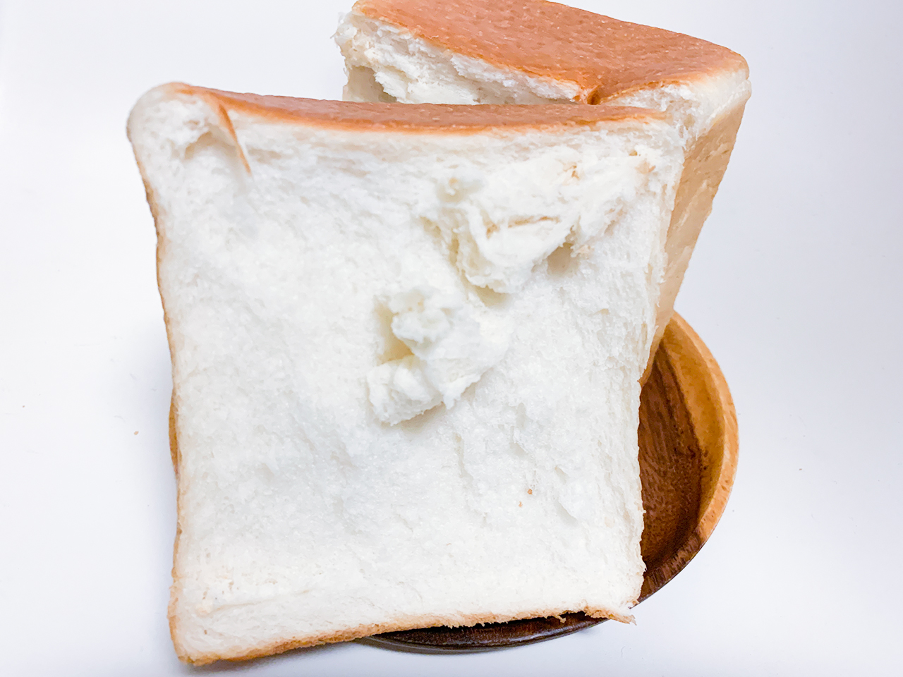 日本の食パンはとにかくもっちり!