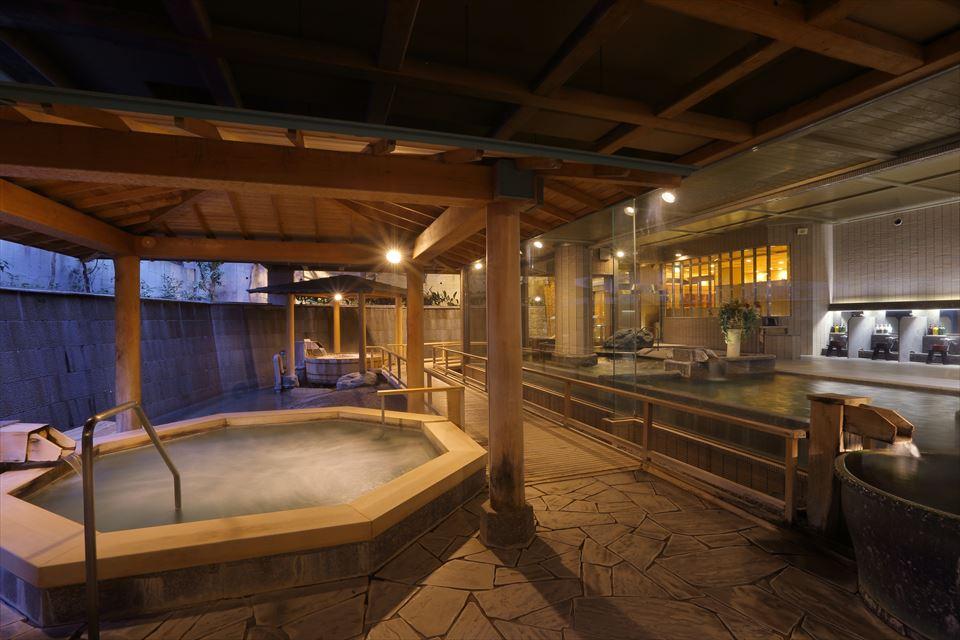 潮騒の湯 露天風呂