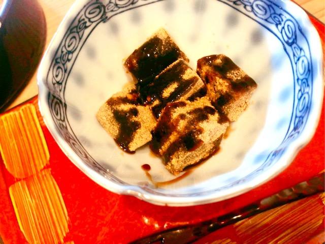 厚木「板そば 喜右衛門」黒糖わらび餅