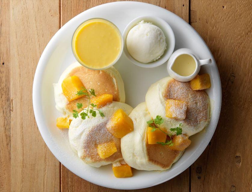 1ヶ月限定の夏の味。マンゴーとミルクのマリアージュを楽しむパンケーキ