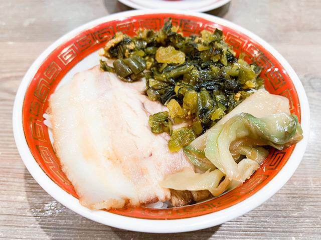 ランチセットのミニ魯肉飯