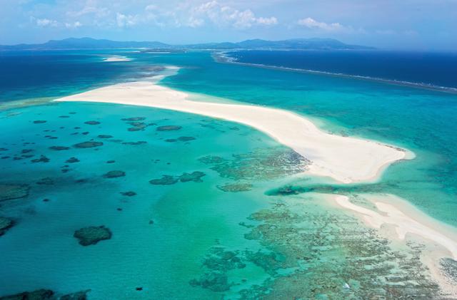 久米島・ハテの浜 沖縄県