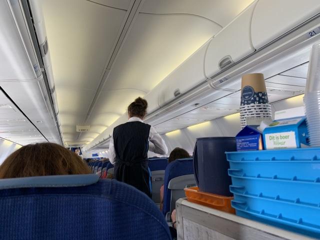 KLM オランダ航空 東京行 機内食
