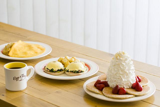 Eggs 'n Things 京都四条店「京都限定 宇治抹茶パンケーキ」