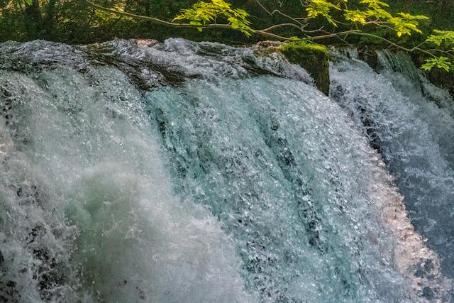 【青森県の絶景】美しすぎる!今すぐ行ってみたくなる、水と森の絶景スポット5選