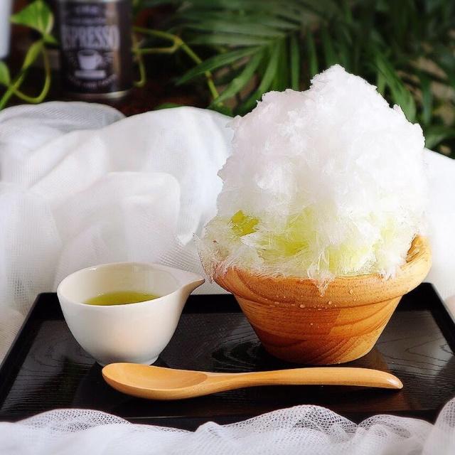 天然氷のかき氷 音沙 茶氷