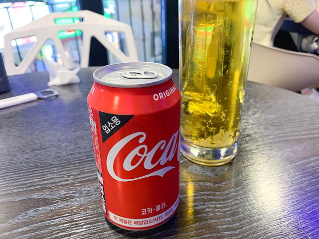 チキンにはやっぱりコーラとビール!