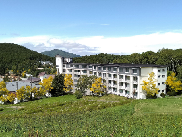 白樺リゾート池の平ホテル外観