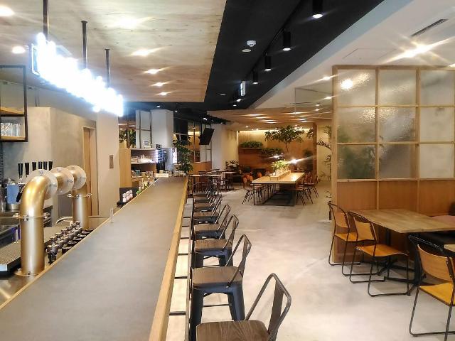 Mash Café & Bed NAGANO(マッシュ カフェ&ベッド ナガノ)カウンター