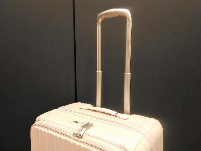 スーツケースのよくあるトラブルキャリーバー