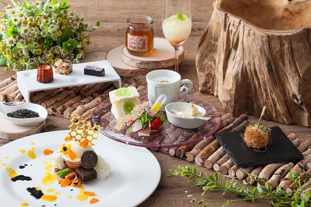 東山植物園で採れた、世界一美味しい「東山ハニー」を使用したデザートコース