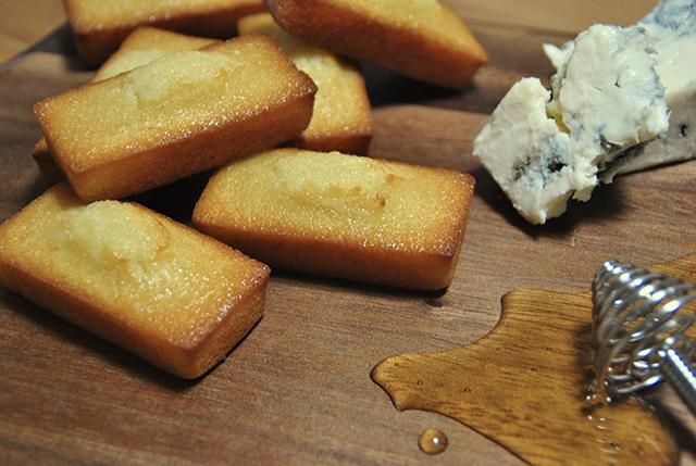 ウメダチーズラボ「チーズフィナンシェ」