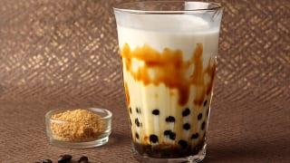 軽井沢フラットブレッズ「沖縄産黒糖のタピオカミルクコーヒー」