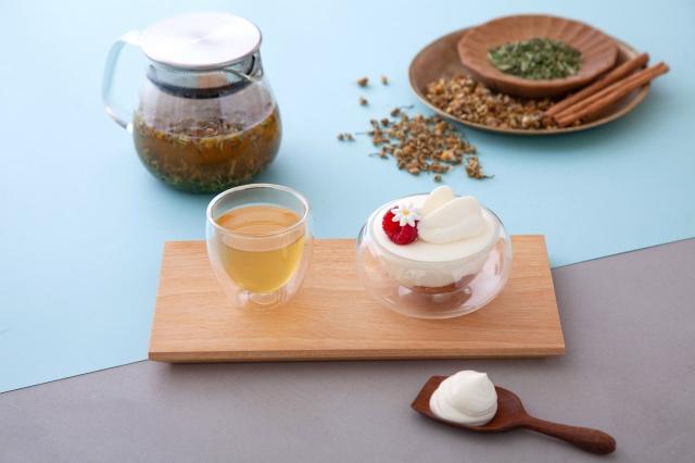 シナモンブレンド茎茶&マスカルポーネクリームとリンゴのタタン