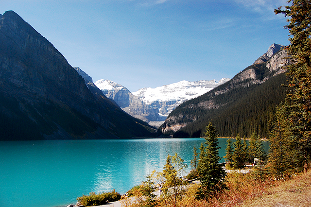 アルバータ州ルイーズ湖(Lake Louise)